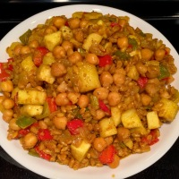 Apple-Barley Chickpea Curry