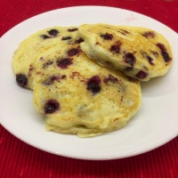 Fluffy Homemade Buttermilk Pancakes (Plain & Blueberry)